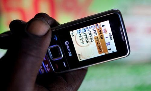 M-PESA ra đời năm 2007 và được dùng trên điện thoại di động