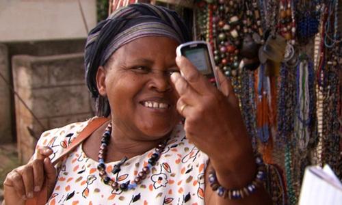 Người dân Kenya rất hào hứng với dịch vụ chuyển tiền này