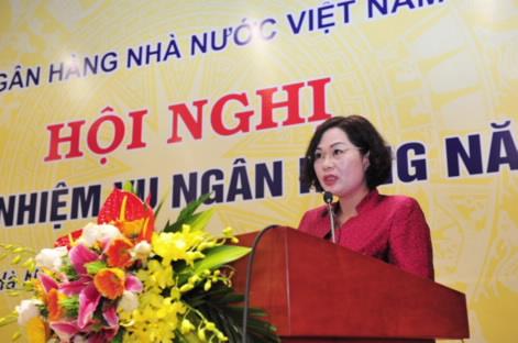 Phó Thống đốc Nguyễn Thị Hồng báo cáo công tác điều hành chính sách tiền tệ