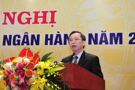 Phó Thống đốc Đào Minh Tú báo cáo công tác chỉ đạo, điều hành