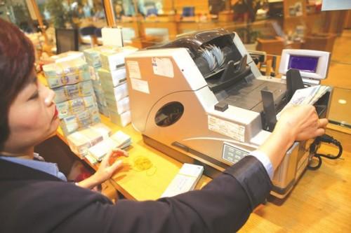 Nhiều NH xin nới room để cho vay nhưng vẫn lo kiểm soát chặt nợ xấu