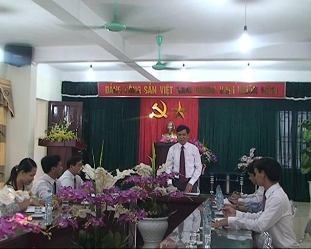 Hội đồng quản trị QTDND Hương Sơn họp triển khai nhiệm vụ hàng tháng.