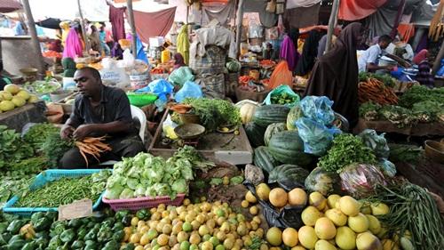 Ngày càng nhiều người dân tại Somalia sử dụng dịch vụ tiền di động. Ảnh:Reuters