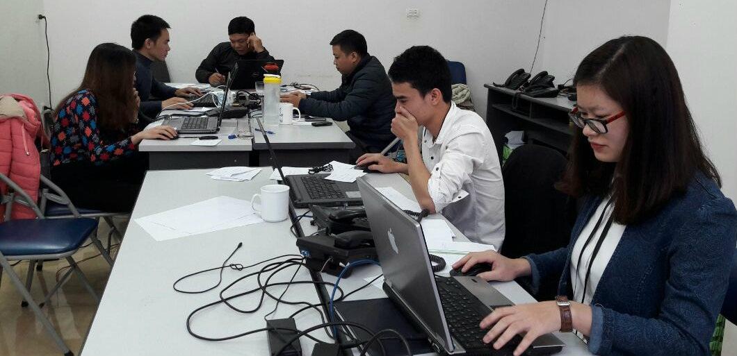 Nhân viên NGV GROUP hỗ trợ cập nhật Thông tư 35