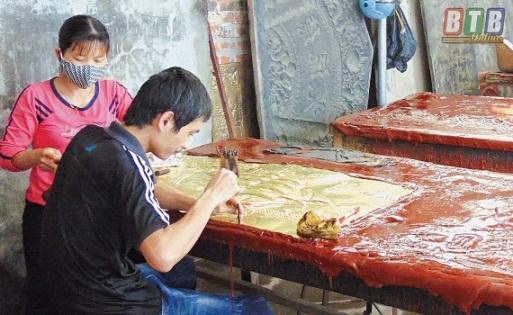 Cơ sở sản xuất đồ đồng Tươi Úy phát triển sản xuất từ nguồn vốn vay Quỹ Tín dụng nhân dân QTDND Hồng Thái