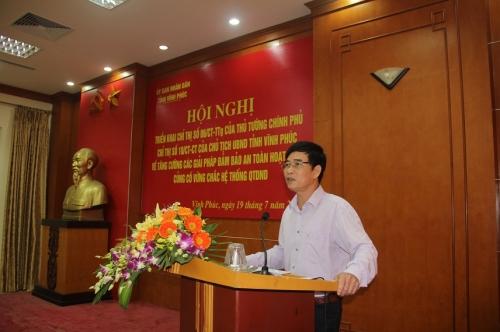 Ông Nguyễn Văn Tâm, Giám đốc NHNN Chi nhánh Vĩnh Phúc phát biểu tại hội nghị